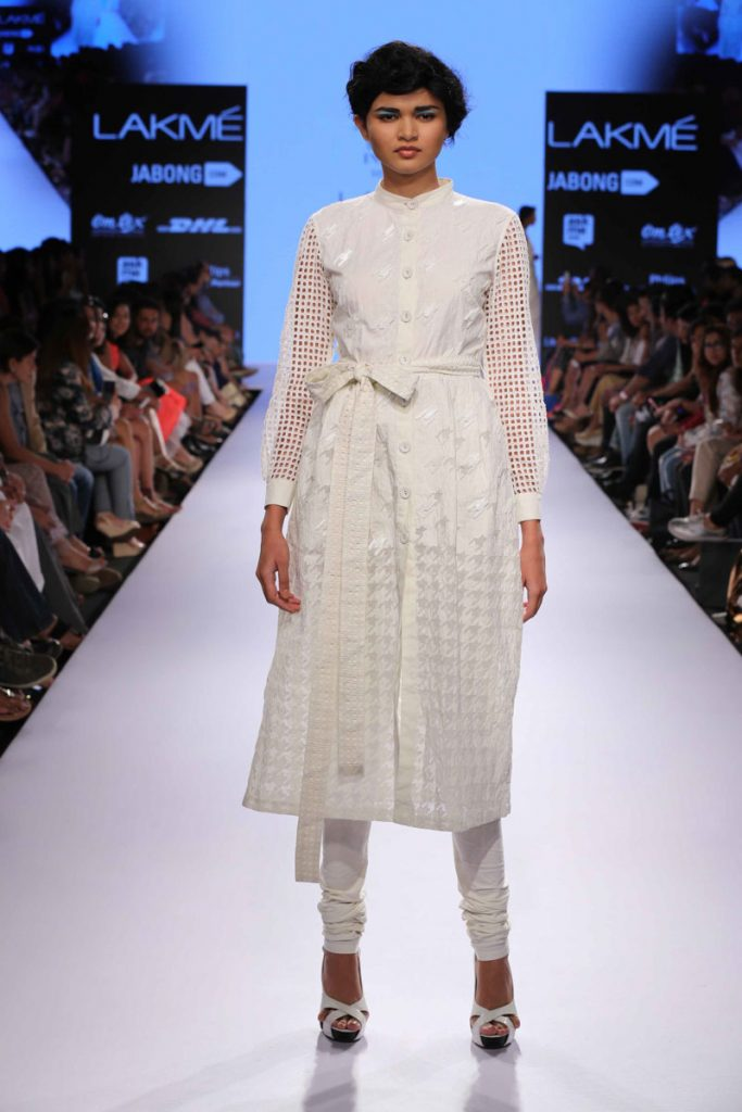 Anand Bhushan's Mulmul creation Photo Courtesy: Lakme Fashion Week
