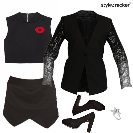 CropTop Layer Party Weekend - StyleCracker
