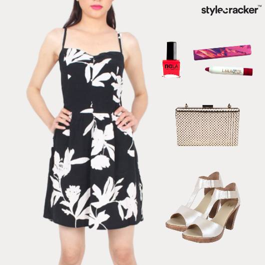 Floral Dress Clutch Lunch Makeup  - StyleCracker