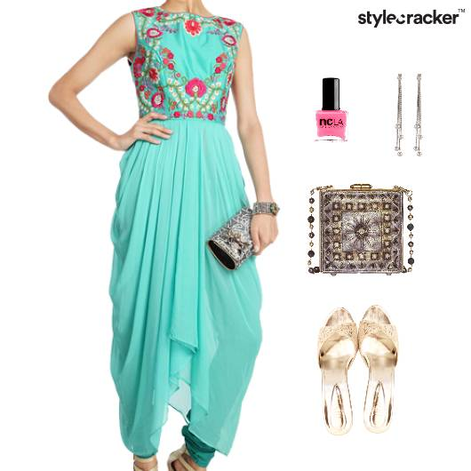 Indian Drapes Festive Flats Clutch  - StyleCracker