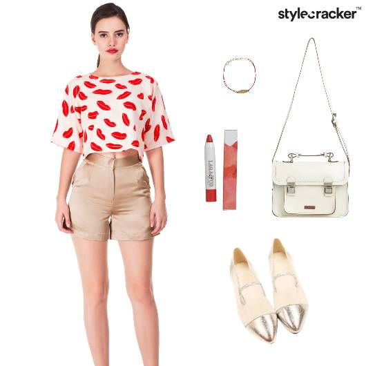 Croptop Shorts Slingbag Casual - StyleCracker