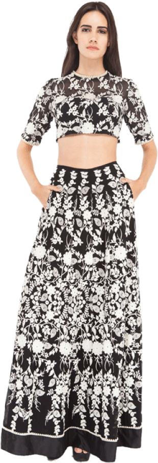 Ritu Advani & Maiti Shani - White and Black Co-ord A-line skirt - StyleCracker